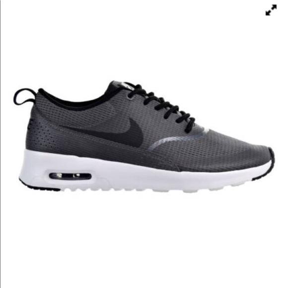 55792d39e4dc Nike Air Max Thea Textile Running Shoes. M 5b0c9ba9d39ca2b08f4ffcae